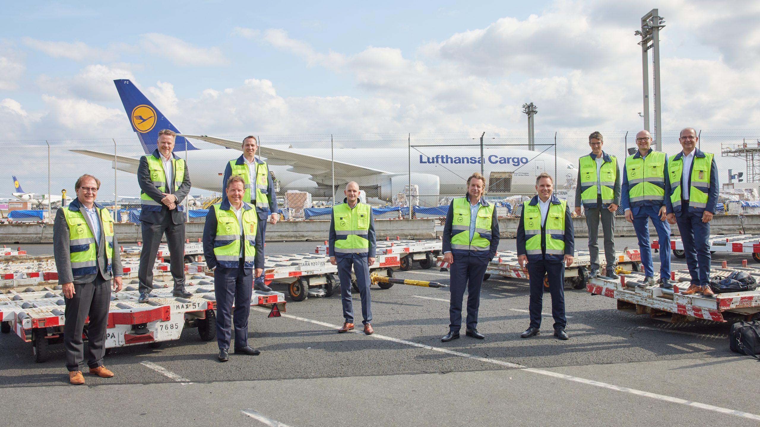 Lufthansa Cargo and Ab Ovo